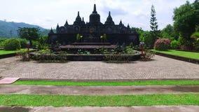 Templo Brahma Vihara Arama Banjar Bali, Indonésia video estoque