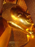 Templo budista em Banguecoque fotos de stock