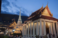 Templo budista em Banguecoque, Tailândia Fotos de Stock Royalty Free