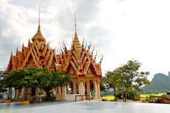 Templo budista en Bangkok, Tailandia Imagenes de archivo