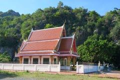Templo budista en el parque nacional del ROI Yot de Khao Sam Fotografía de archivo libre de regalías
