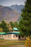 Templo budista en las montañas Fotos de archivo libres de regalías
