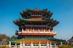 Templo budista na montanha de Tienmen em China fotografia de stock