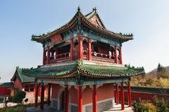 Templo budista na montanha de Tienmen em China fotos de stock