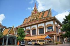 Templo budista Wat Preah Prom Rath em Siem Reap, Camboja fotografia de stock royalty free