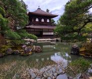 Templo calmo em Kyoto fotos de stock
