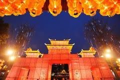 Templo chinês do ano novo justo em chengdu Imagem de Stock
