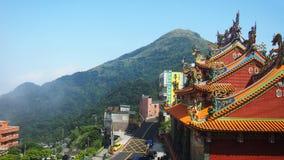 Templo chinês do monte da montanha de Taiwan foto de stock