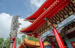 Templo chino con un arma china Foto de archivo libre de regalías