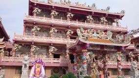 Templo chino en el lanzamiento de pattaya Tailandia en 4k