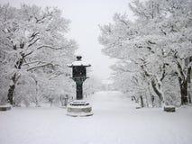 Templo coberto de neve, inverno em Kyoto Japão imagem de stock royalty free