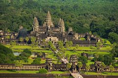 Templo complexo, vista aérea de Angkor Wat Baixa de Siem Reap, Cambodia O monumento religioso o maior no mundo 162 6 hectare Imagem de Stock