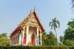 Templo con el fondo del árbol y del cielo Imagenes de archivo