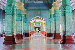 Templo da Buda de Kyauktawgyi, Mandalay, Myanmar Imagem de Stock Royalty Free