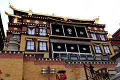 Templo da Buda de Songzanlin imagem de stock