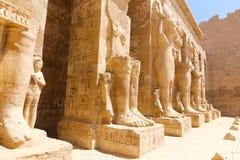 Templo da cidade de Medinet Habu ou de Habu em Luxor fotos de stock royalty free