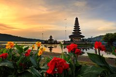 Templo da água de Bali Pura Ulun Danu Bratan Fotos de Stock Royalty Free