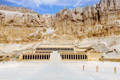 Templo da morgue da rainha Hatshepsut Luxor, Egipto foto de stock royalty free