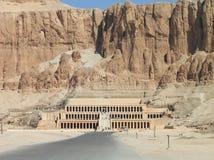Templo da rainha Hatshepsut, no vale dos reis, Egipto imagem de stock