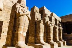 Templo de Anscient de Karnak em Luxor - Thebes arruinado Egito fotos de stock