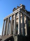 Templo de Antoninus y de Faustina Fotografía de archivo