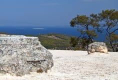 Templo de Aphaea en Aegina, Grecia Imágenes de archivo libres de regalías
