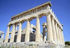 Templo de Aphaia en Grecia Fotos de archivo