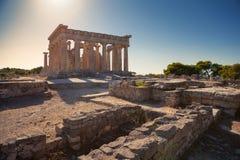 Templo de Aphaia en la isla de Aegina, Grecia Foto de archivo libre de regalías