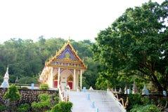 Templo de budista no monte. Foto de Stock