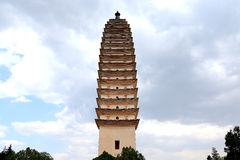 Templo de Chongshen y tres pagodas en Dali Provincia de Yunnan China foto de archivo libre de regalías