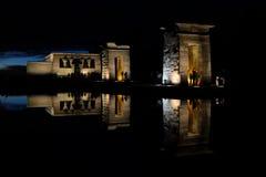 Templo de Debod na noite, Madri, Espanha fotografia de stock royalty free