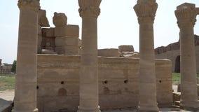 Templo de Dendera o templo de Hathor Egipto Dendera, Denderah, es una pequeña ciudad en Egipto Complejo del templo de Dendera, un almacen de video