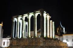 Templo de Diana på natten Arkivbild