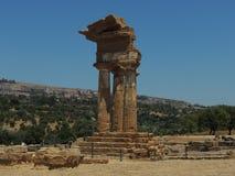 Templo de Dioscuri Imagen de archivo libre de regalías