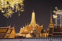 Templo de Emerald Buddha e do palácio grande, Tailândia Foto de Stock