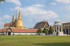 Templo de Emerald Buddha (Wat Phra Kaew), Tailandia Imágenes de archivo libres de regalías