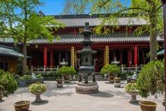 Templo de Fahai en el lago del oeste delgado yangzhou Imagen de archivo