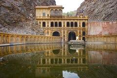 Templo de Galtaji en el estado indio de Rajasthán Imagen de archivo libre de regalías