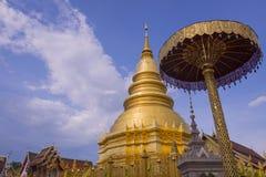 Templo de Hariphunchai Fotografía de archivo libre de regalías