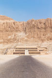 Templo de Hatshepsut cerca de Luxor Foto de archivo libre de regalías