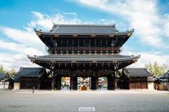 Templo de Higashi Honganji en Kyoto, Japón fotografía de archivo
