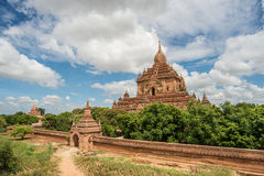 Templo de Htilominlo de Bagan, Myanmar fotos de stock