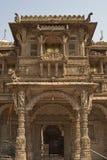Templo de Hutheesing em Ahmadabad, Gujarat, Índia imagem de stock