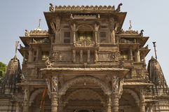 Templo de Hutheesing em Ahmadabad, Gujarat, Índia imagem de stock royalty free