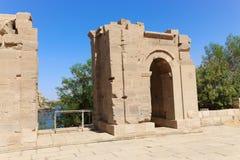 Templo de ISIS - Asuán, Egipto imagenes de archivo