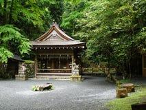 Templo de Japanse en el bosque Fotos de archivo