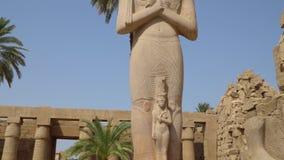 Templo de Karnak en Luxor, Egipto almacen de metraje de vídeo