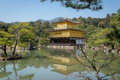 Templo de Kinkakuji en Kyoto, Japón Foto de archivo libre de regalías