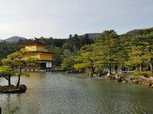 Templo de Kinkakuji ou de Rokuon-ji Imagem de Stock Royalty Free