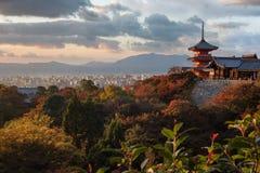 Templo de Kiyomizu-dera em Kyoto, Japão Fotos de Stock